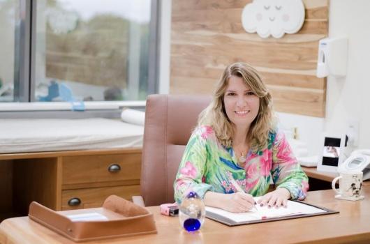 Dra-Denise-conta-como-ser-um-pediatra-digital-de-sucesso