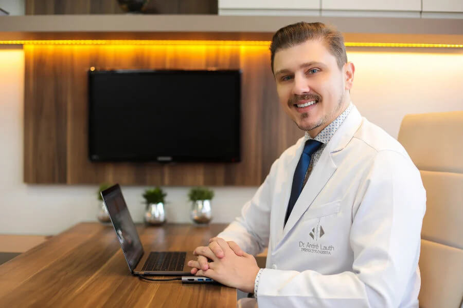 BR Dermatologista-Curitiba-André-Lauth-Doctoralia