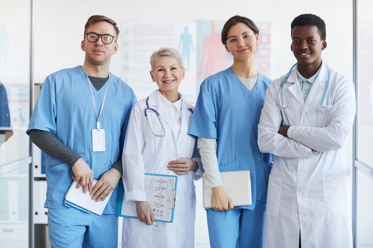 Respondemos às dúvidas mais frequentes sobre Publicidade Médica